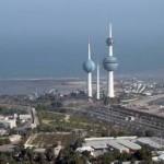 الكويتيون «يغرقون» في بحر من الأجانب
