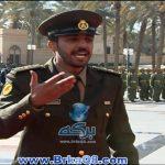 الشاعر ضاري البوقان يلقي قصيدة أمام سمو الأمير في قصر بيان بمناسبة رفع العلم